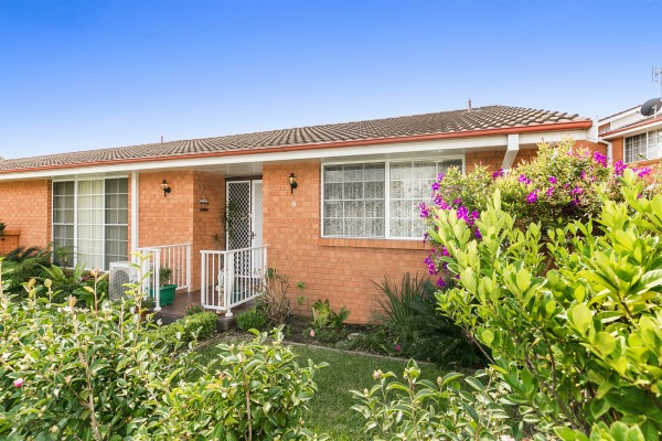 8/1-5 Suncrest Parade, Gorokan, NSW 2263