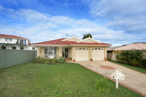 27 Sterling Way, Hamlyn Terrace, NSW 2259