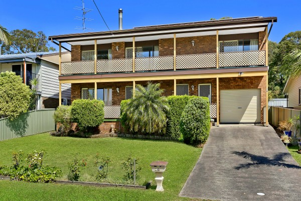 28 Middlesex Avenue, Gorokan, NSW 2263