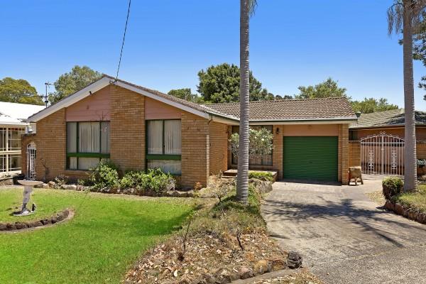2 Kimberley Street, Gorokan, NSW 2263