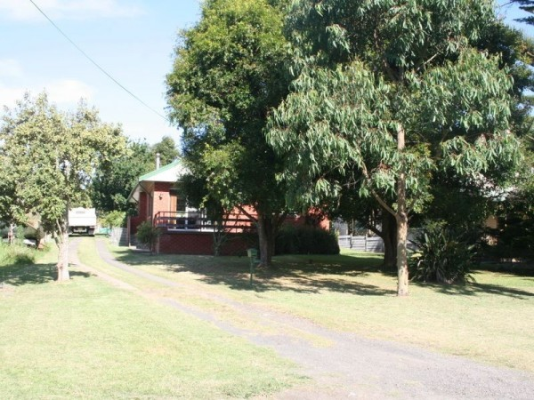 22 Osterley Avenue, Orient Point, NSW 2540