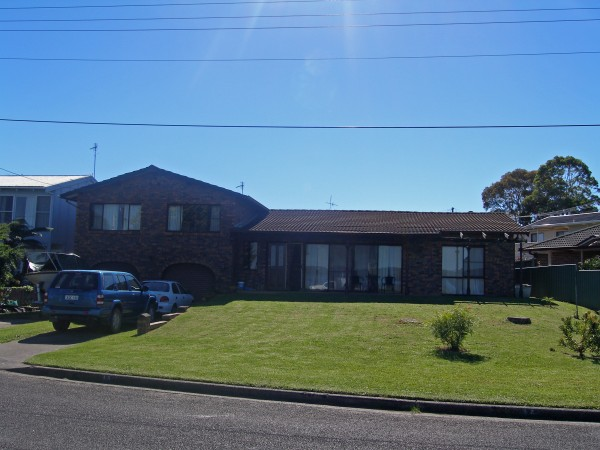 15 Crookhaven Drive, Greenwell Point, NSW 2540