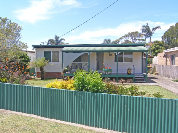 64 Greens Road, Greenwell Point, NSW 2540