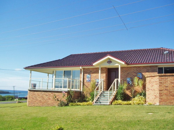 74 Orama Cres, Orient Point, NSW 2540