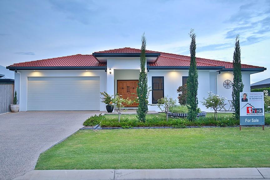 Property For Sale in Ooralea
